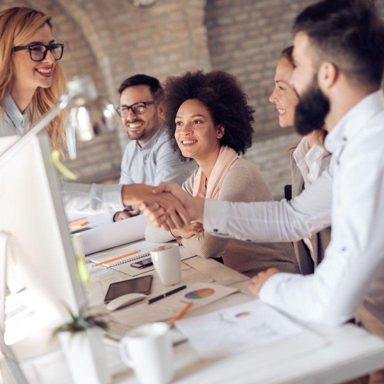 Konflikty w pracy – jak je rozwiązać?